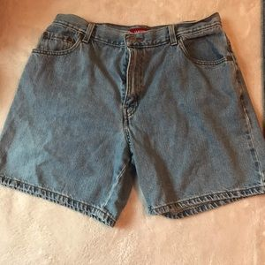 vintage,light blue Levi, shorts
